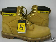 MENS CATERPILLAR LACE UP BOOT. LEATHER UPPER. BEIGE