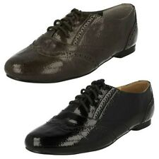 Ladies Spot On Brogue Lace Up Shoes. F8693