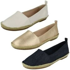 Ladies Clarks Casual Flat Slip On Shoes 'Clovelly Sun'