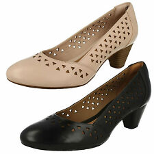 LADIES CLARKS LEATHER SLIP ON MID HEEL WIDE FIT SMART COURT SHOES DENNY DALLAS