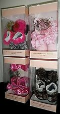 NWT JUICY COUTURE Newborn Infant Baby Girls Booties Socks & Bow Headband BOX SET