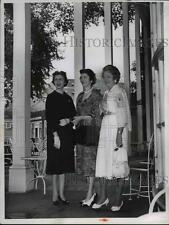 1958 Press Photo Mrs Lloyd Yoder, Mrs McGuire Jr & Mrs Don Pierce