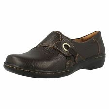 Clarks 'Evianna Boa' Ladies Brown Leather Slip On Comfortable Shoes D Fit UK 9
