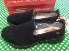Skechers Performance Women's Go Walk 4 Pursuit Walking Shoe **NIB**