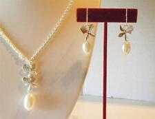 Avon Fancy Floral Necklace and Earring Gift Set Silvertone or Goldtone NIB