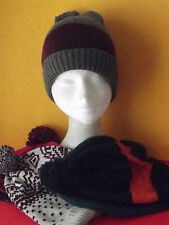 LADIES KNITTED BEANIE HATS, VARIOUS DESIGNS (Z-22)