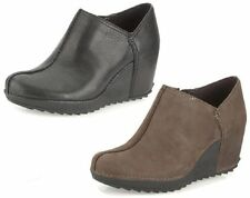 LADIES CLARKS BROWN LEATHER SLIP ON CASUAL HIGH HEEL WEDGE SHOES ESSENTIAL CAKE