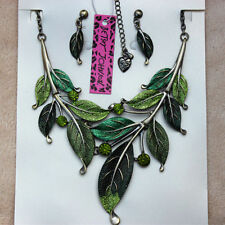 Betsey Johnson Leaf Style Woman Necklace Bib Statement Crystal Necklac