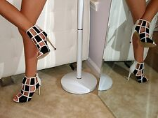 Black&White Square Cut Out Check Patern Stiletto Heel Booties Faux Leather/Suede