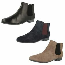 Ladies Clarks Lolly Dawson Smart Chelsea Boots D Fitting