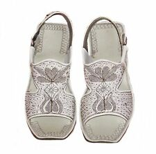 PUNJABI EMBROIDED SYNTHETIC WHITE MEN'S HANDMADE SANDELS SHOES