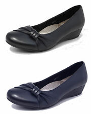 Womens Ladies Leather Lined Comfortable Low Wedge Heel Court Shoes BLACK NAVY