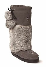 AUTHENTIC MANITOBAH SNOWY OWL MUKLUKS VIBRAM SOLE
