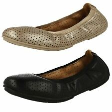 LADIES CLARKS UNSTRUCTURED LEATHER SLIP ON CASUAL PUMPS FLAT SHOES UN TRACT