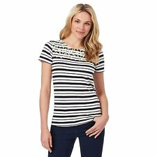 Maine New England Womens Black And White Striped Floral Yoke T-Shirt