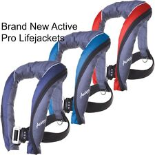 Brand New seago active 190N PRO lifejacket - comes with light and spray hood