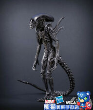 NECA Aliens  scale action figure series Defiance Alien 20CM Movable joints New