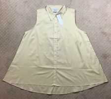 NWT Women's Silhouettes Sleeveless Natural Light Beige Button Front Top