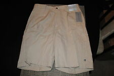 GEOFFREY BEENE MENS CLASSIC FIT FLAT FRONT CASUAL SHORTS SIZE 38 RP $55.00 NWT
