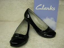 Clarks Discovery Bay Black Patent Leather Smart Slip On Shoes