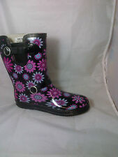 ladies wide calf wellies wellington boots short purple black flowers rain snow