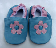 1x PAIR PEEKABOOT BLUE FLOWERPOWER LEATHER SLIP ON BABY SHOES 6 OR 6.5cm WIDE