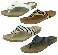 LADIES LEATHER COLLECTION LOW WEDGE TOE POST FLAT SLIP ON SUMMER SANDALS F10500