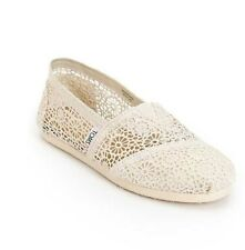 NEW IN BOX WOMEN'S 8.5 TOMS CLASSIC SLIP ON SHOES NATURAL MOROCCO CROCHET