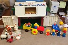 Vintage 915 Fisher Price Play Family Farm Barn w/19 accessories