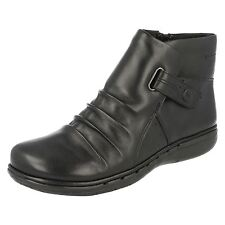 Ladies Clarks Unstructured Un Arlyn Black Leather Casual Zip Up Ankle Boots