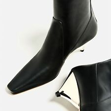 ZARA WOMAN 17 LAMINATED LEATHER Triangular-shaped heel ANKLE BOOTS35-41 5120/101