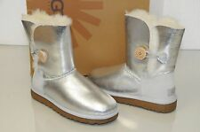 New UGG Uggs Classic Short metallic Silver LEATHER Bailey Button Boots 38 40 7 9
