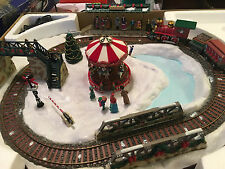 """Holiday Living """"GOING HOME FOR THE HOLIDAYS"""" Animated Musical Train Set #258915"""