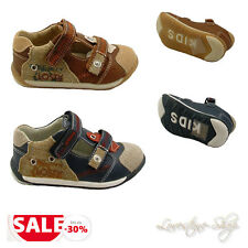 Boys Girls Kids shoes brown Trainers Size 26 Velcro Closure Baby A6702 NEU