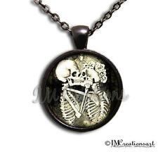 Handmade Glass Pendant Necklace Doctor Body Gothic Anatomy Skeleton Love Cinco