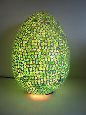 BEAUTIFUL VERY LARGE EGG SHADED MOSAIC TABLE LAMP BEDSIDE LAMP QUALITY UNUSUAL