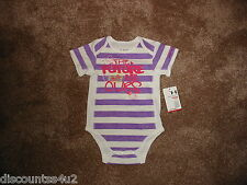NWT Baby Girls 3-6 M Under Armour S/S One Piece Bodysuit Celebrate Lav/Wht