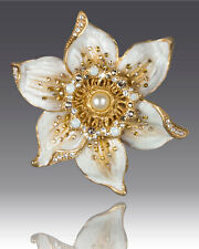 $175 NEW JAY STRONGWATER Sonia Daffodil Flower Pin Brooch Golden Enamel CRYSTAL