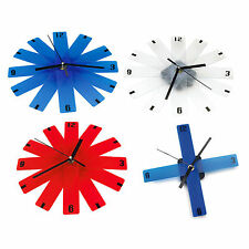 Foldable wall clock Ø 21.9cm. Optional layouts Battery 1 x AA not included