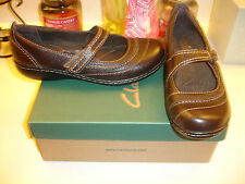 Clarks Ashland Avenue Chocolate Brown  Leather Flat Nice! Great Quality! $95.00