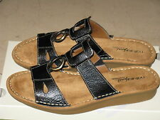 Women's New leather sandals by natural soul by naturalizer dalbert style