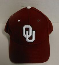 University of Oklahoma Crimson Zephyr NCAA Fitted Cap NWT All Unisex Adult