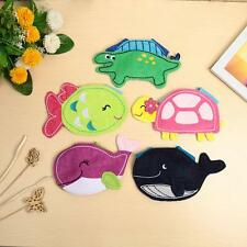 Baby Infant kids Bibs Baby Feeding Lunch Food Towel Bibs Waterproof Cute F4T9