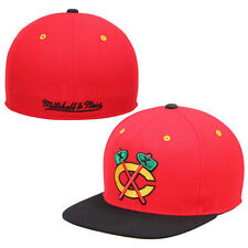 Chicago Blackhawks Mitchell & Ness Vintage 2Tone Fitted Hat - Red - NHL
