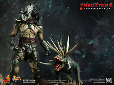 Hot Toys Predators Tracker Predator with Hound 14 inch Action Figure MMS147 NEW