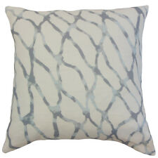 The Pillow Collection Ennise Graphic Linen Throw Pillow