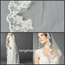 2017 New Bridal Veils Lace Appliques Wedding Veils White Ivory Cathedral + Comb
