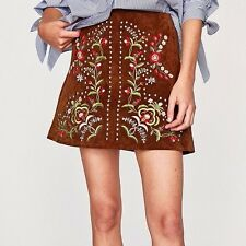 ZARA WOMAN EMBROIDERED LEATHER MINI SKIRT STUDS JEWEL CAMEL 4369/252 NEW AW17