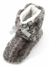 Slumberzzz Ladies Leopard Mix Plush Fleece Lined Bootie Slippers