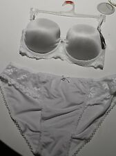 NEW TARGET WHITE LACE UNDERWIRE BRA 12B + MATCHING WHITE BRIEF PANT SIZE 12